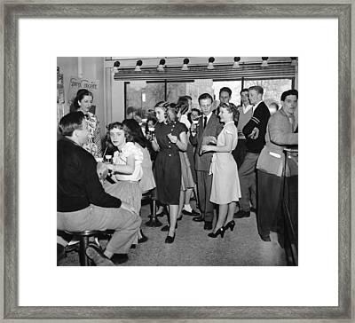 High School Soda Fountain Framed Print by Underwood Archives