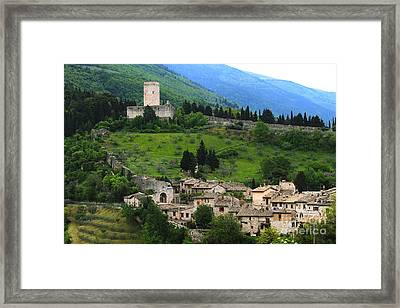 Hillsides Of Assisi Italy Framed Print by Theresa Ramos-DuVon