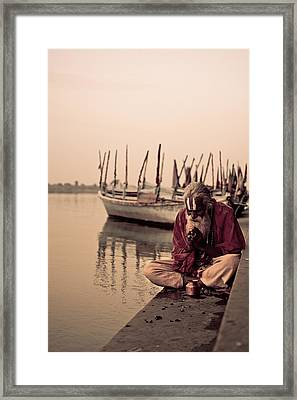 Hindu Priest Offering Prayers Framed Print