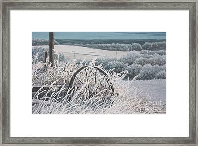 Hoar Frost  Framed Print by Gordon J Weber