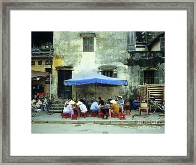 Hoi An Noodle Stall 02 Framed Print