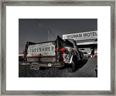 Holbrook Az - Wigwam Motel 006 Framed Print by Lance Vaughn
