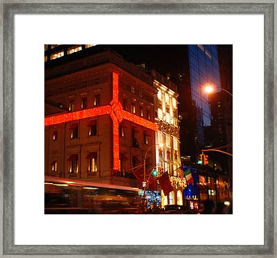 Holiday Bustle New York City Framed Print by Terry DeLuco