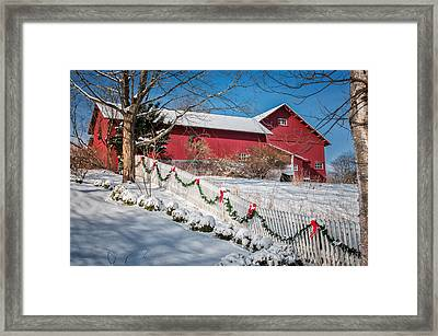 Holiday Cheer - Southbury Connecticut Barn Framed Print