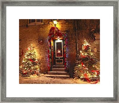 Holiday In Quebec City - Rue Du Petit Chaplain Lights Framed Print