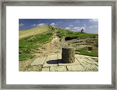 Hollins Cross On The Great Ridge Framed Print by Rod Johnson