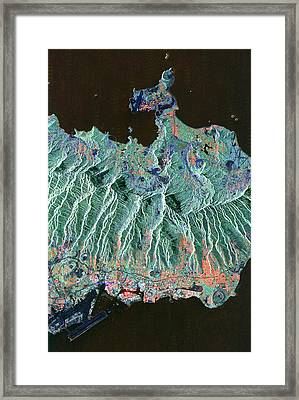 Honolulu, Oahu, Hawaii Framed Print