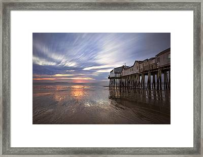 Horizons Glow Framed Print by Eric Gendron