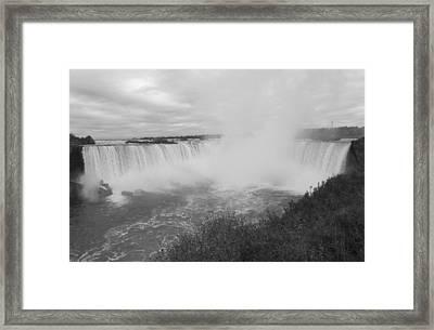 Horseshoe Falls - Autumn - B N W Framed Print