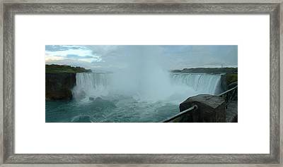 Framed Print featuring the photograph Horseshoe Falls by Dennis Lundell
