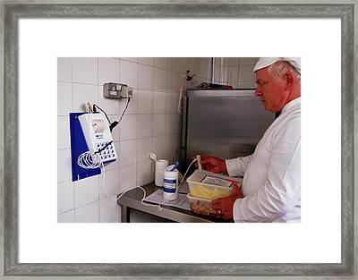 Hospital Food Check Framed Print by Antonia Reeve/science Photo Library