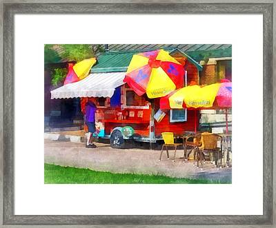 Hot Dog Stand In Mall Framed Print by Susan Savad