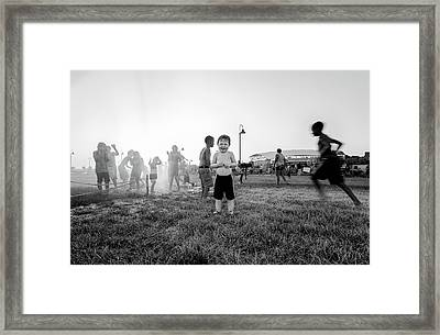 Hottest Days Of Summer Framed Print by Michael Weaver