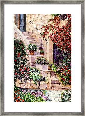 House In Oyster Bay Framed Print by Sher Nasser