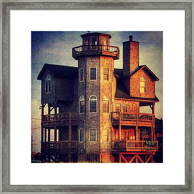 House In Rodanthe At Sunset Framed Print by Patricia Januszkiewicz