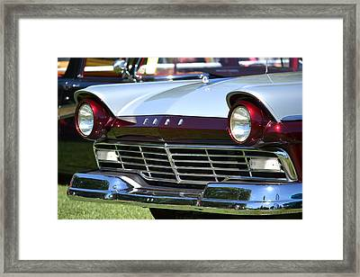 Framed Print featuring the photograph Hr-11 by Dean Ferreira