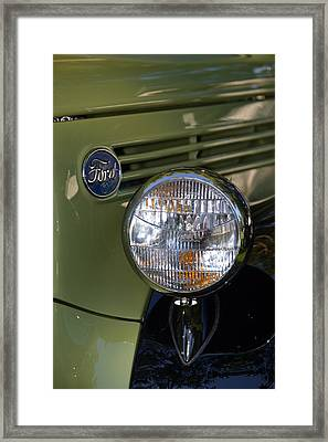 Framed Print featuring the photograph Hr-19 by Dean Ferreira
