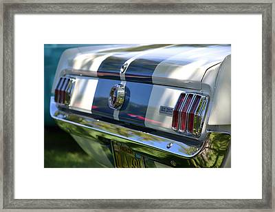 Framed Print featuring the photograph Hr-22 by Dean Ferreira