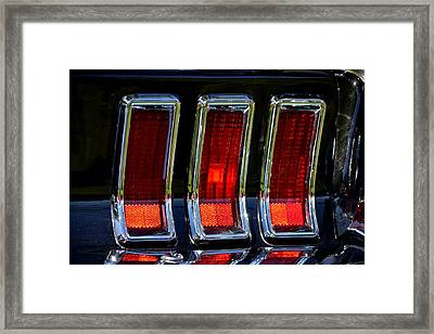 Framed Print featuring the photograph Hr-6 by Dean Ferreira