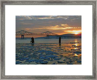 Hudson River Icey Sunset Framed Print