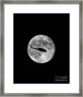 Huey Moon Vertical Framed Print by Al Powell Photography USA