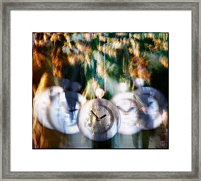Hurry Hurry Framed Print by Gun Legler
