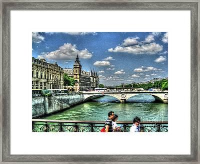 i love Paris Framed Print
