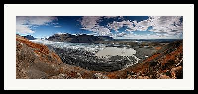 Iceland Framed Prints
