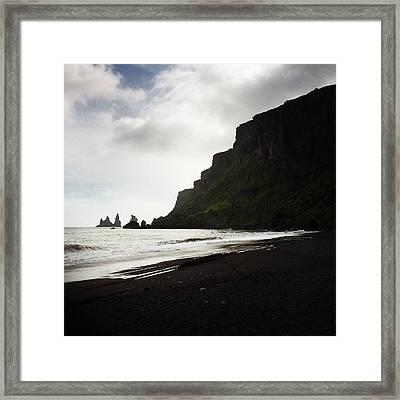 Iceland Vik Reynisdrangar Cliffs And Ocean Framed Print