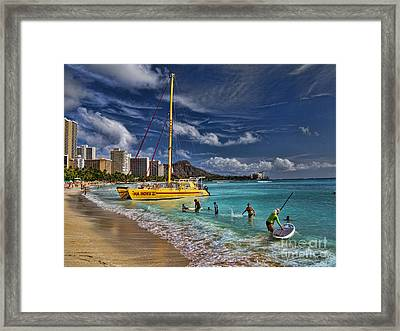 Idyllic Waikiki Beach Framed Print by David Smith