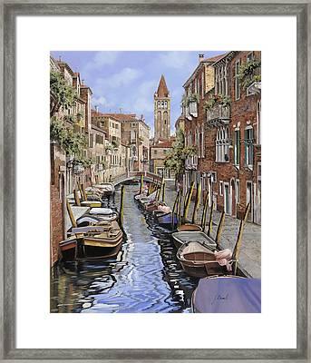 il gatto nero a Venezia Framed Print