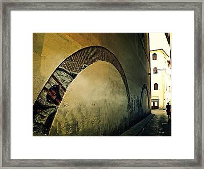 Il Muro  Framed Print by Micki Findlay