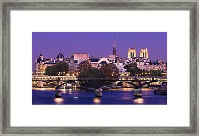 Framed Print featuring the photograph Ile De La Cite And Pont Des Arts / Paris by Barry O Carroll
