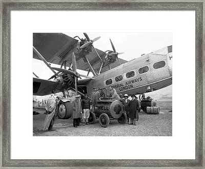 Imperial Airways Aeroplane, 1931 Framed Print by Science Photo Library