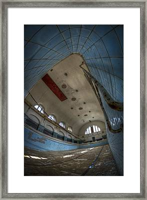 In At The Deep End Framed Print by Nathan Wright