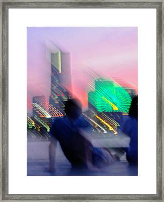 Framed Print featuring the photograph In Love With Love - 1 by Larry Knipfing
