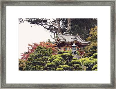 In The Tea Garden Framed Print