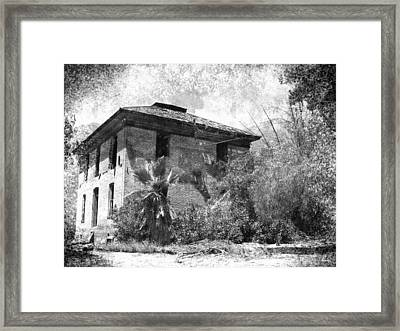 In Times Gone By  Framed Print by Glenn McCarthy Art and Photography