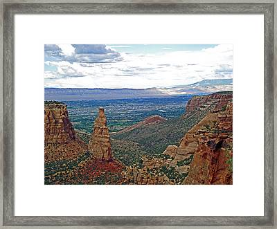 Independence Monument In Colorado National Monument Near Grand Junction-colorado Framed Print
