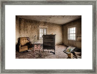 Inside Abandoned House Photos - Old Room - Life Long Gone Framed Print by Gary Heller