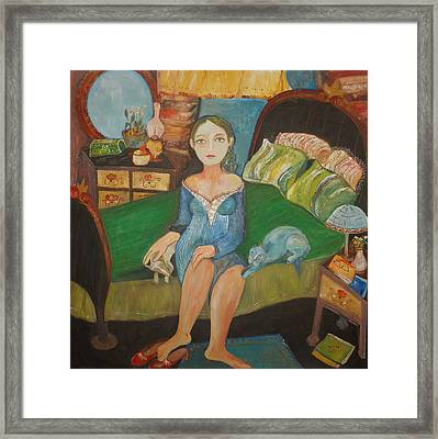Intimidad Framed Print by Sandra Dooley
