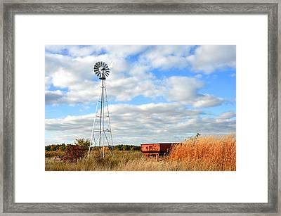 Iowa Windmill Framed Print by Diane Lent