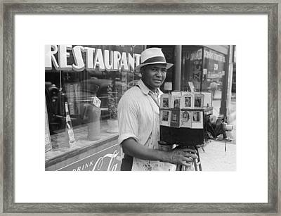 Itinerant Photographer In Columbus Ohio Framed Print by Historic Photos