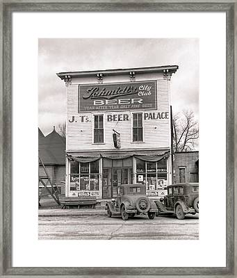 J. T. 's Beer Palace  1940 Framed Print by Daniel Hagerman