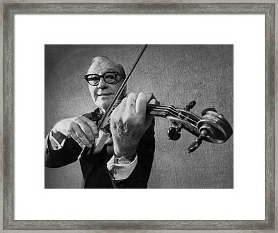 Jack Benny Farewell Framed Print by Underwood Archives