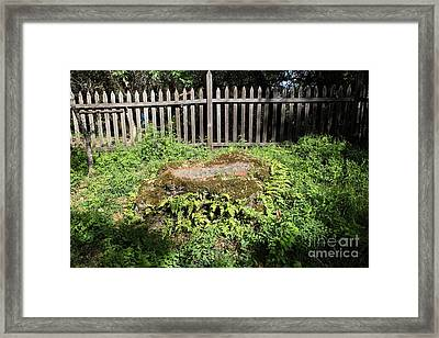 Jack London Grave Site 5d21984 Framed Print by Wingsdomain Art and Photography