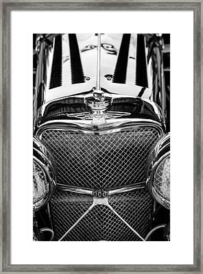Jaguar Ss 100 Grille Emblem -0544bw Framed Print