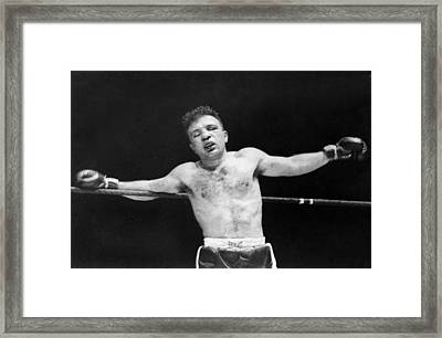 Jake raging Bull Lamotta Framed Print by Underwood Archives