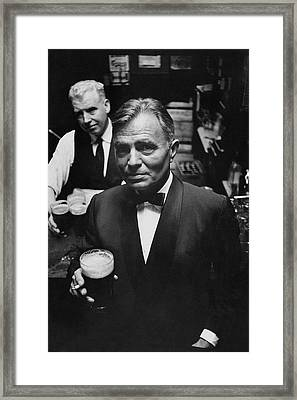 James Mason At A Pub In Dublin Framed Print by Richard Richards