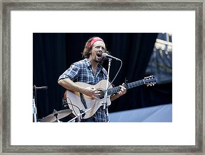 Framed Print featuring the photograph Jason Mraz by Shawn Everhart